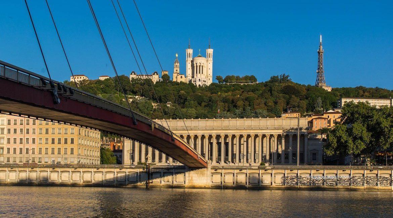 Vue de Lyon et de l'ancien palais de Justice